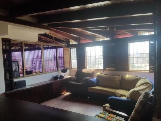 Luis Infante Mls# 20-4805 Apartamento 5 De Julio