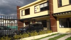 Casas En Venta El Porvenir 810-92