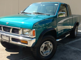 Nissan Pick Up 1995 4x4 6 Cilindros Standar