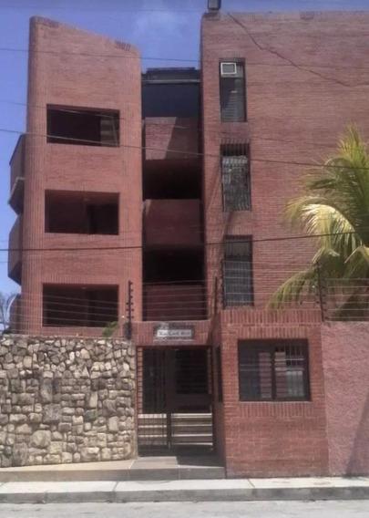 Apartamento En Higuerote 04125738490