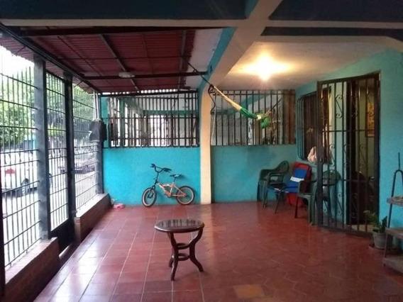 Casas En Venta En Zona Oeste Barquisimeto Lara 20-11165