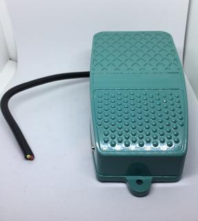 Pedal Interruptor / Arrancador 10 250v Amperes Xf-3