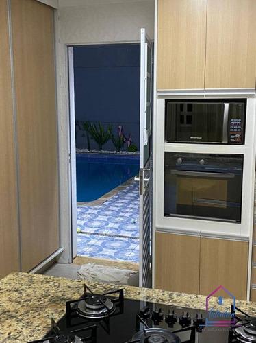 Casa Com 3 Dormitórios À Venda, 224 M² Por R$ 900.000 - Terras De São Fernando - Cotia/sp - Ca1195