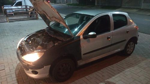 Peugeot 206 2006 1.4 Sensation Flex 5p