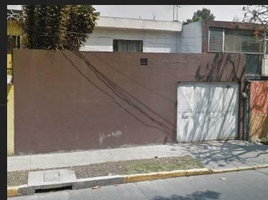 Remate De Casa De 3 Recamaras, Col Unidad Modelo