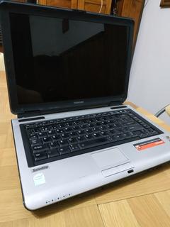 Notebook Toshiba Satellite Funcionando Correctamente