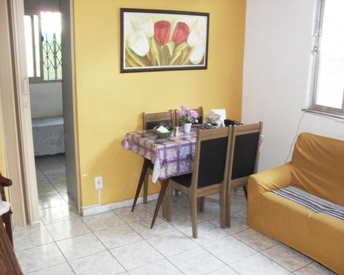 Casa Tipo Apartamento Salão, Varanda  2 Quartos  - Abolição - Aec2287