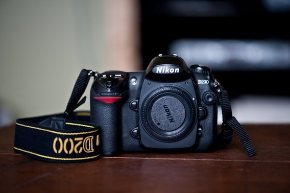 Nikon D200 Apenas 21.110 Clicks Com Lente 18/55 Vr Nikon