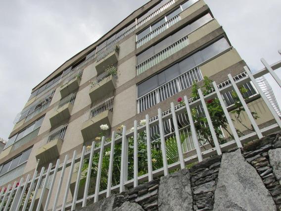 Apartamento En Venta Cumbres De Curumo