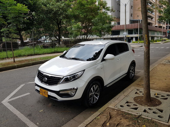 Kia New Sportage Revolution 2.0 2015