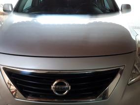 Nissan Versa 1.6 16v Sv Flex 4p 2012