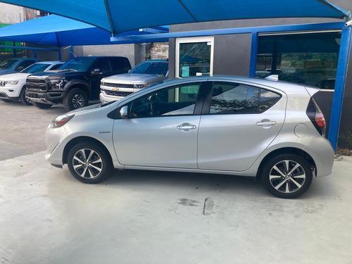 Imagen 1 de 14 de Toyota Prius 2018 1.5 Prius C At
