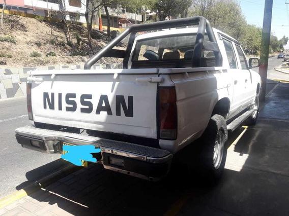 Camioneta Nissan 1985 4x4 Motor 2200cc