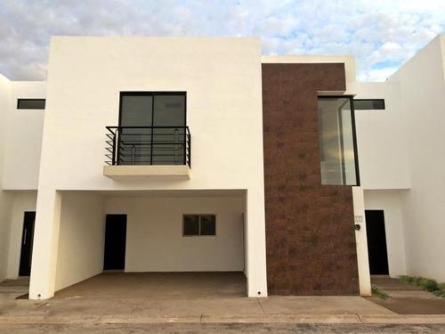 Casa En Renta En Los Arrayanes, Gómez Palacio