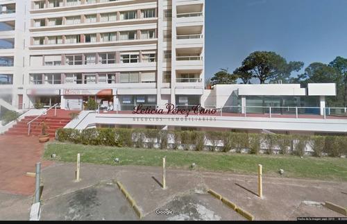 Alquiler De Local En Punta Del Este, Roosevelt- Ref: 19023