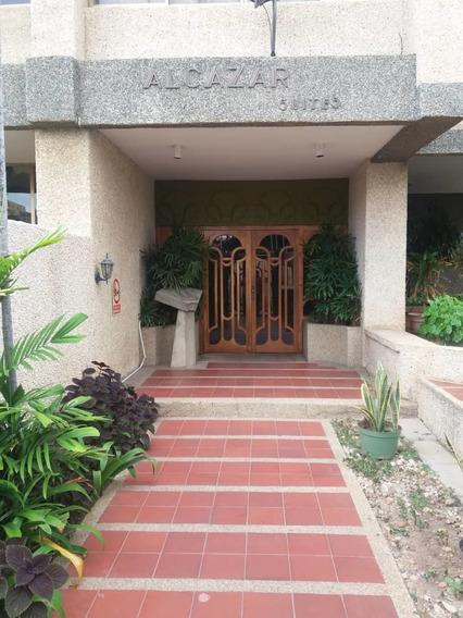 Amplio Y Comodo Apartamento En 5 De Julio Mls 20-23246ln