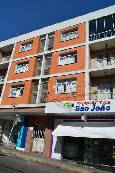 Apartamento Para Venda 3 Dormitórios Térreo Com Pátio No Centro De Santa Maria Rs - 989900