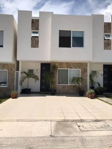 Estupenda Casa En Venta Residencial La Joya, Playa Del Carmen