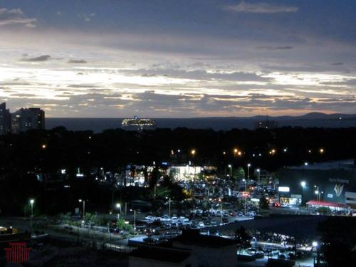 Apartamento En Punta Del Este, Zona Roosevelt - Ref: 13144