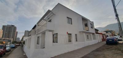 Oficina En Arriendo De 5 Privados En Antofagasta