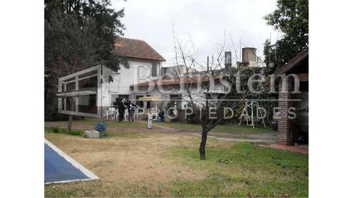 Imagen 1 de 11 de Casaquinta En Venta 3 Dormitorios Udaondo Ituzaingo :: 800m2