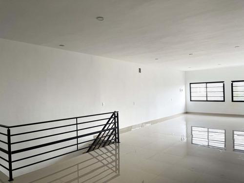 Imagen 1 de 9 de Oficinas En Venta Colonia Coyoacán, Monterrey