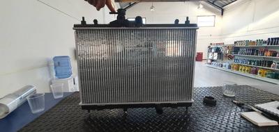 Radiador Nissan Tiida 2006-2016 1.6 Mecanico