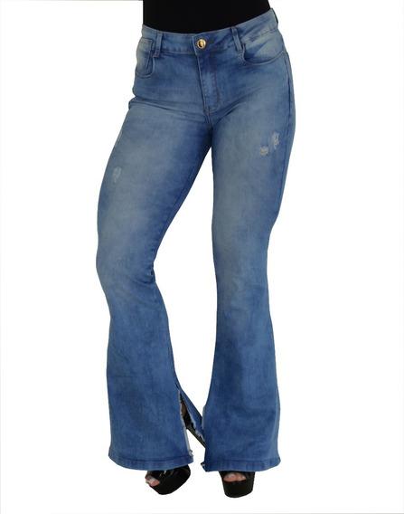 Calça Jeans Feminina Flare Cintura Alta Clara Abertura Barra