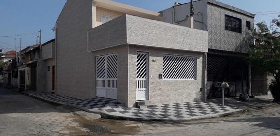 Sobrado Com 3 Dormitórios Para Alugar, 110 M² Por R$ 2.500,00/ano - Vila São Jorge - São Vicente/sp - So0529