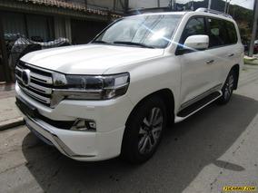Toyota Lc200 White Edition Sahara