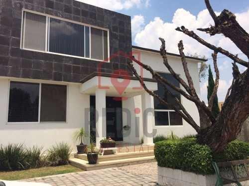 Casa Amplia De 3 Hab Y Jardín De 400 Mts En Villas Del Meson Juriquilla