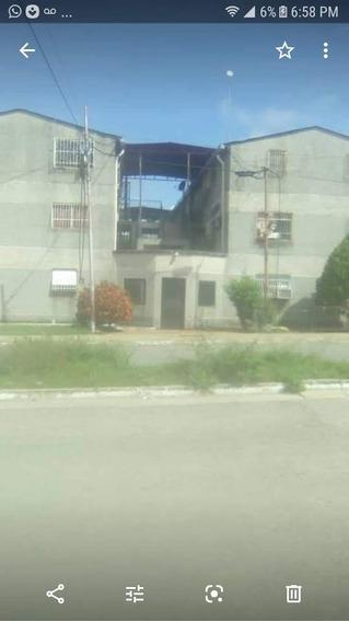 Apartamento Venta Dos Lagunas Santa Teresa Del Tuy