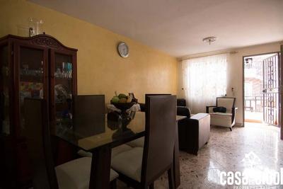 Se Vende Casa En Cabañas Bello, 3 Habitaciones