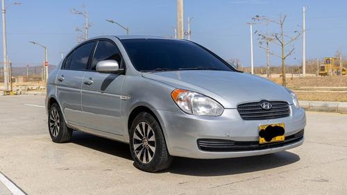 Hyundai Accent 2010 1.4 Gls 4 P