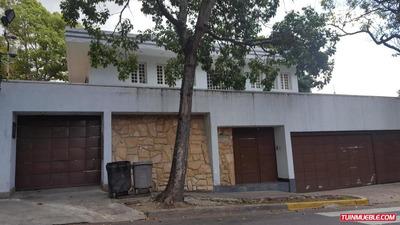 Casas En Venta, Urb. La Floresta 19-812