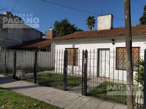 Imagen 1 de 12 de Casa - Villa Elisa