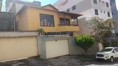 Casa Nova Floresta C/ 3 Quartos, 5 Vagas E 244m²... - 4928