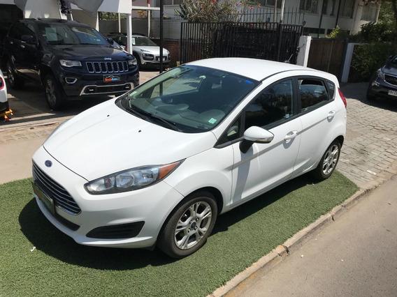 Ford Fiesta Se 1.6 Hatshback 2014