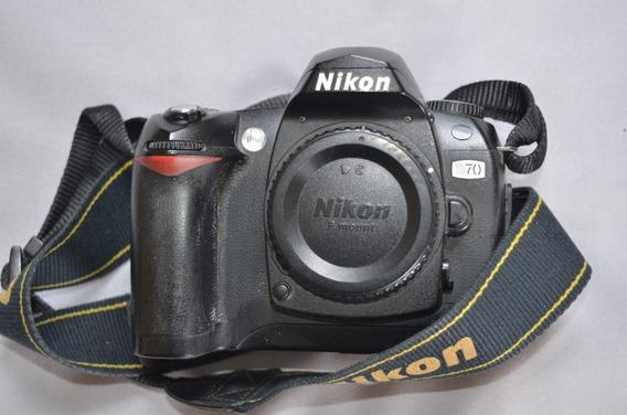 Vendo Camera Nikon D70 (apenas Corpo) Funcionando Bom Estado