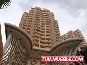 Valgo Apartamento En Venta En Las Chimeneas Código 19-1711