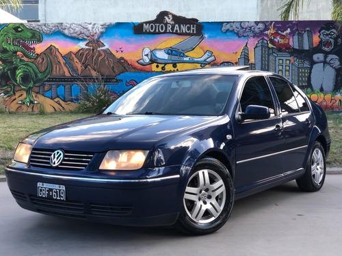 Volkswagen Bora 2007 Trendline 2.0 Con Gnc Y Pantalla Dvd !