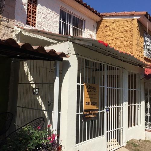 Villa En Granjas Del Marques Calle: Villa Paraiso 1