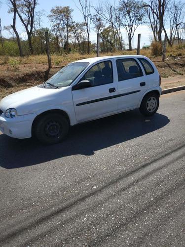 Imagem 1 de 4 de Chevrolet Corsa 1.6 8v Gasolina