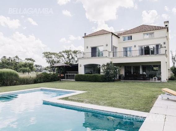 Casa En Barrio Campo Grande Club De Campo 7 Ambientes Con Jardín Con Parrilla Y Piscina