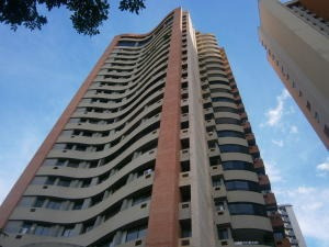Apartamento En Venta En Las Chimeneas Valencia19-17054 Valgo