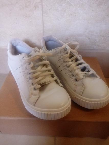 Zapatillas Savage Blancas Usadas. Núm. 37
