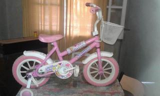 Bicicleta Niña Usada, Con Canasto Y Rueditas.