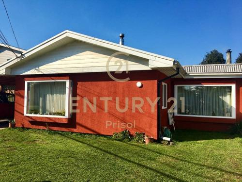 Imagen 1 de 16 de Se Vende Casa Excelente Ubicación  Entre Av. Las Encinas-...