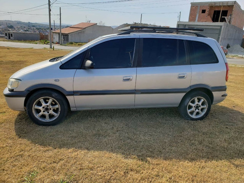Imagem 1 de 8 de Chevrolet  Zafira Automática  2004