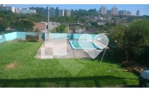 Ótima Casa, Tipo Sobrado, 4 Dormitórios, Suíte, Churrasqueira E Amplo Pátio. - 28-im411306